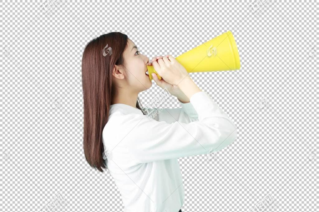拿着扩音器喊话的白衬衫职场年轻女性
