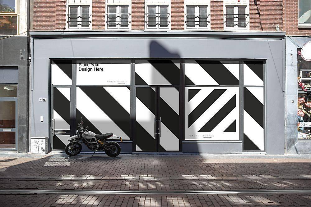 街景店铺墙壁玻璃墙粘贴大型户外广告智能场景样机素材